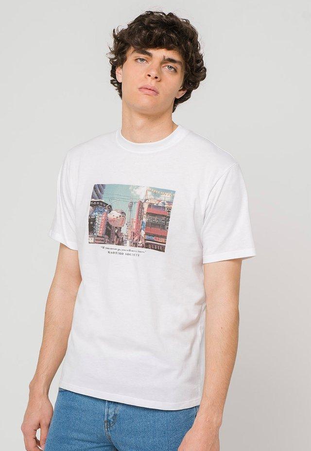 OSAKA - Print T-shirt - white
