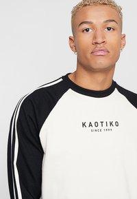 Kaotiko - Sweatshirt - white/black - 4