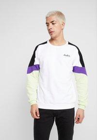 Kaotiko - CREW SETH - Sweatshirt - white - 0