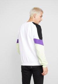Kaotiko - CREW SETH - Sweatshirt - white - 2