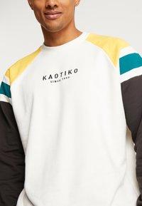 Kaotiko - Sweater - white/black - 5