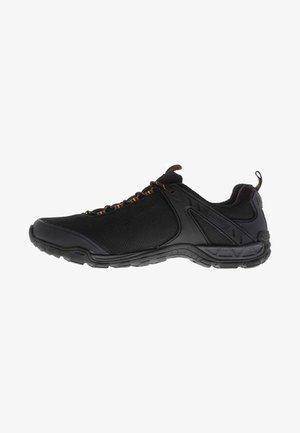KARRIMOR NEWTON  - Chaussures de course - black