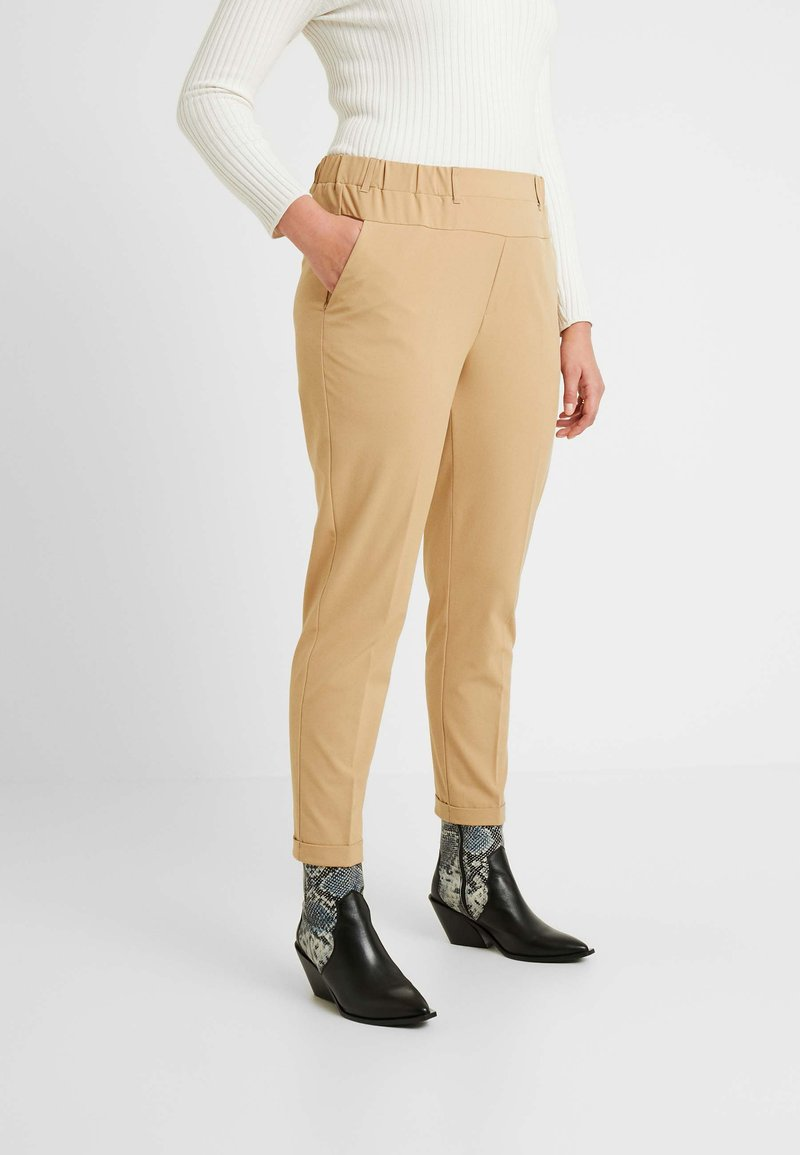 Kaffe Curve - NAJA PANTS - Kalhoty - tannin