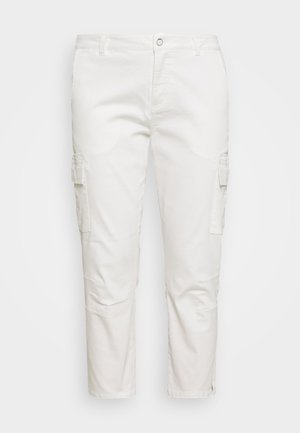 MANI CAPRI PANTS - Trousers - chalk