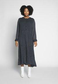 Kaffe Curve - DORA DRESS - Denní šaty - black deep - 0