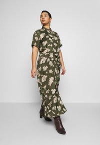 Kaffe Curve - KCILONE MAXI DRESS - Maxi šaty - grape leaf - 3
