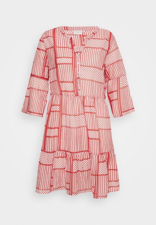 KCPASTI DRESS 3/4 - Korte jurk - high risk red