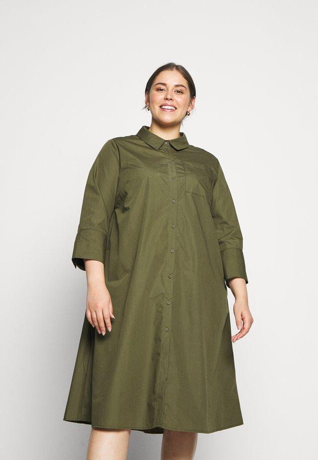 LOLA DRESS - Sukienka koszulowa - grape leaf