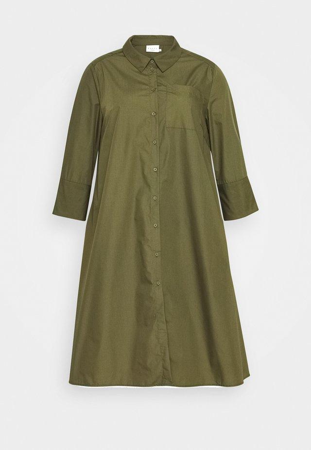 LOLA DRESS - Vestido camisero - grape leaf