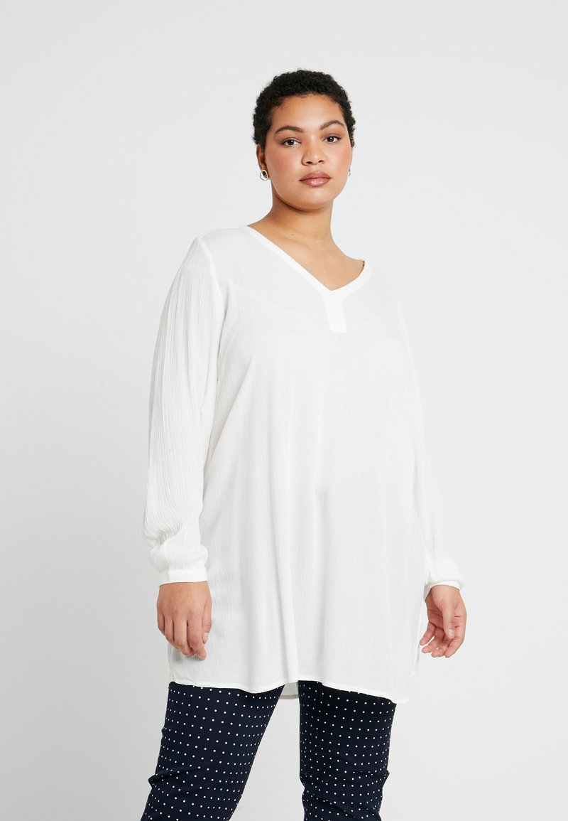 Kaffe Curve - KCAMI V NECK - Tunique - chalk