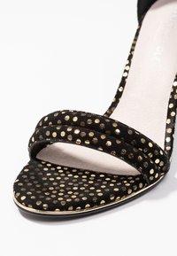 Kenneth Cole New York - LEX - Sandals - black/gold - 2