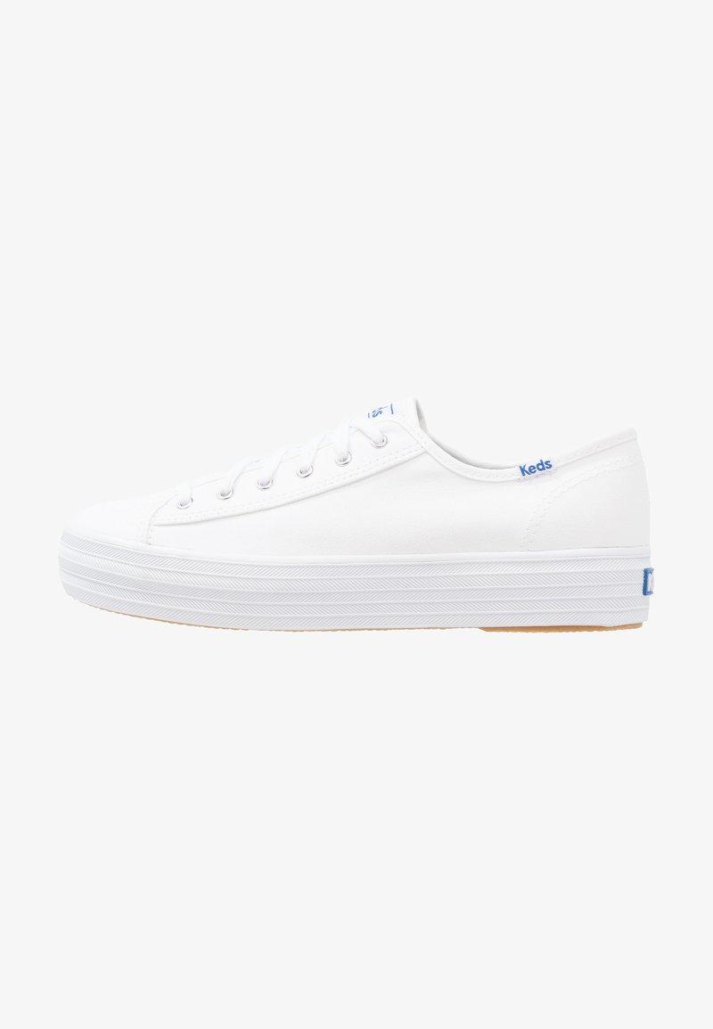 Keds - TRIPLE KICK - Sneakersy niskie - white