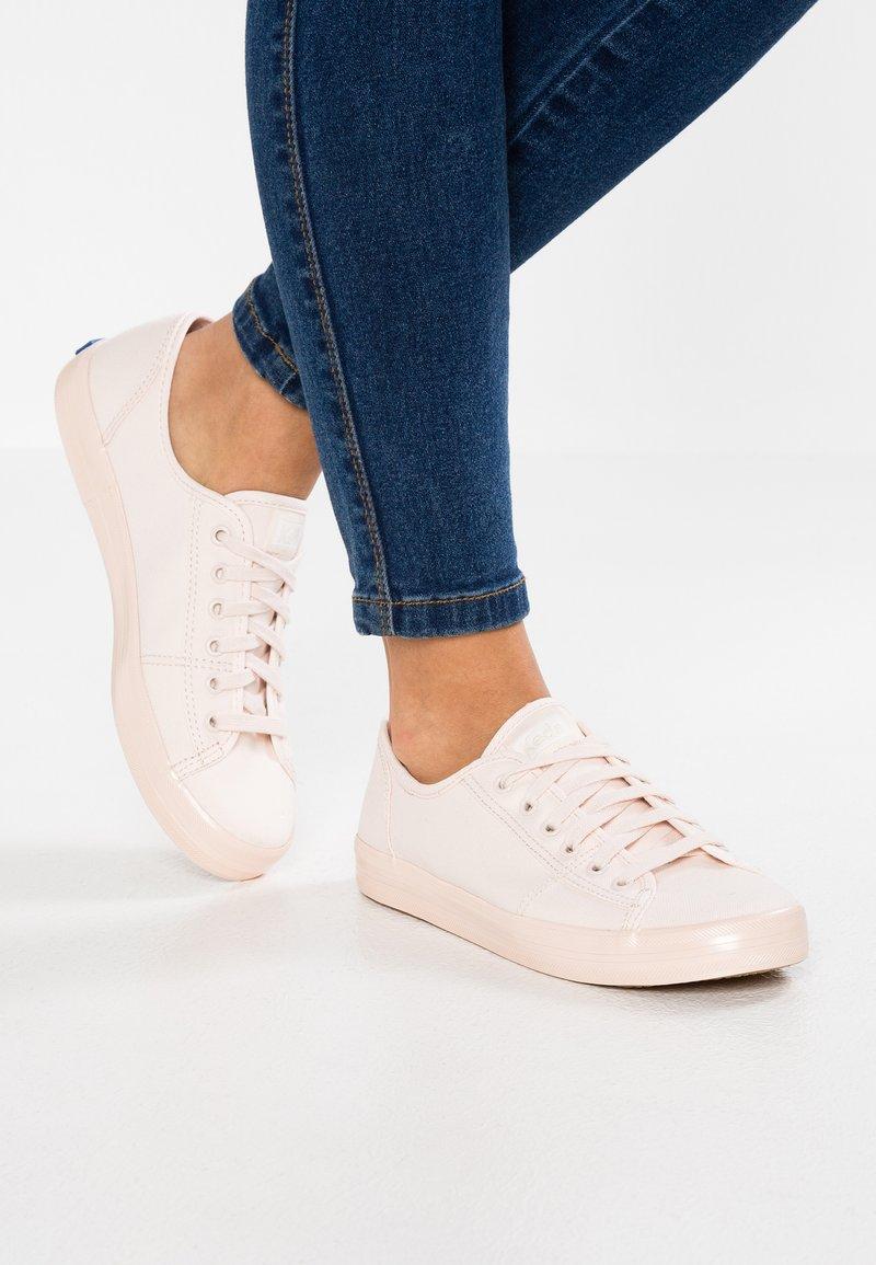 Keds - KICKSTART SHIMMER - Sneakers laag - peony pink