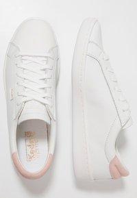 Keds - ACE CORE - Tenisky - white/blush - 3