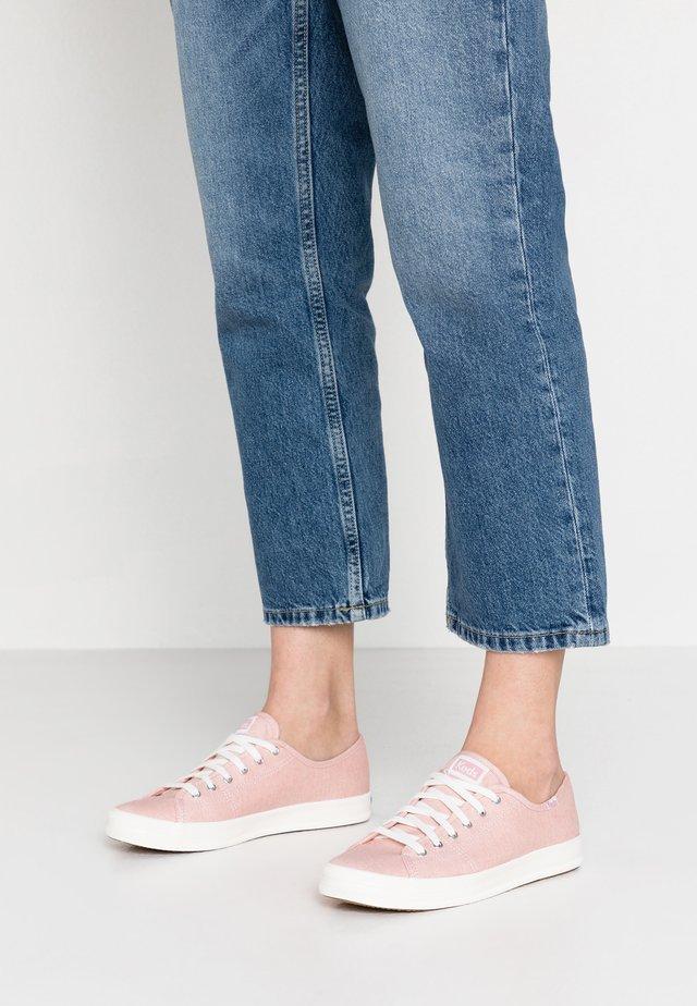 KICKSTART MINI - Sneaker low - pink