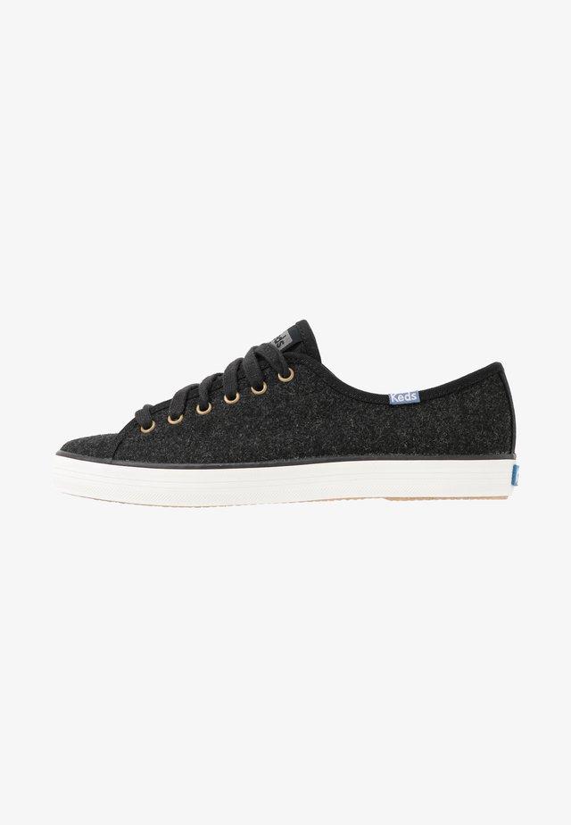 KICKSTART - Sneaker low - black