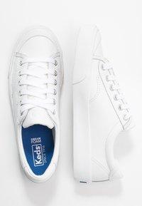Keds - CREW KICK - Tenisky - white - 3
