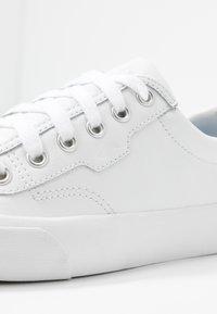 Keds - CREW KICK - Tenisky - white - 2