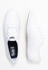 Keds - CHAMPION DAISY EYELET - Zapatillas - white - 3
