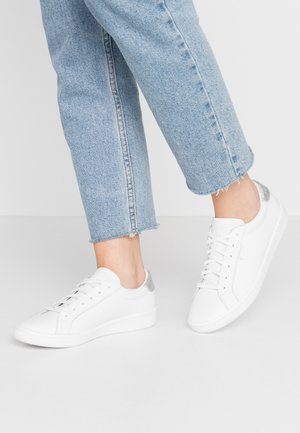ACE - Trainers - white/silver