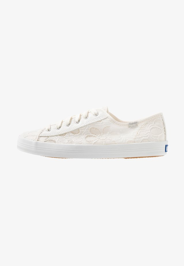 KICKSTART FESTIVAL FLORAL - Baskets basses - cream