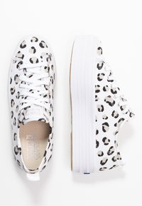 Keds - TRIPLE UP LEOPARD - Tenisky - white/black - 3