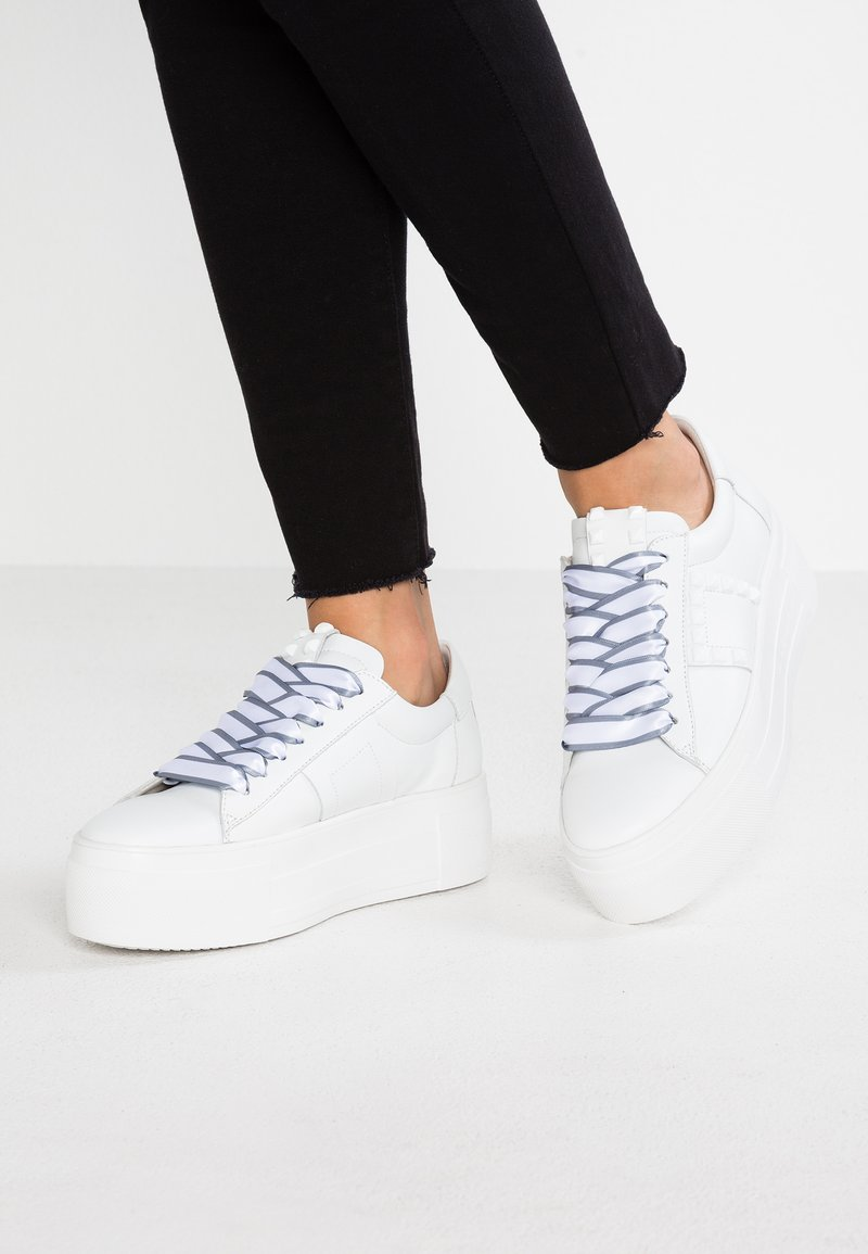 Kennel + Schmenger - TOP - Trainers - bianco/silver