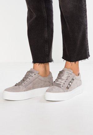 BIG - Tenisky - light grey