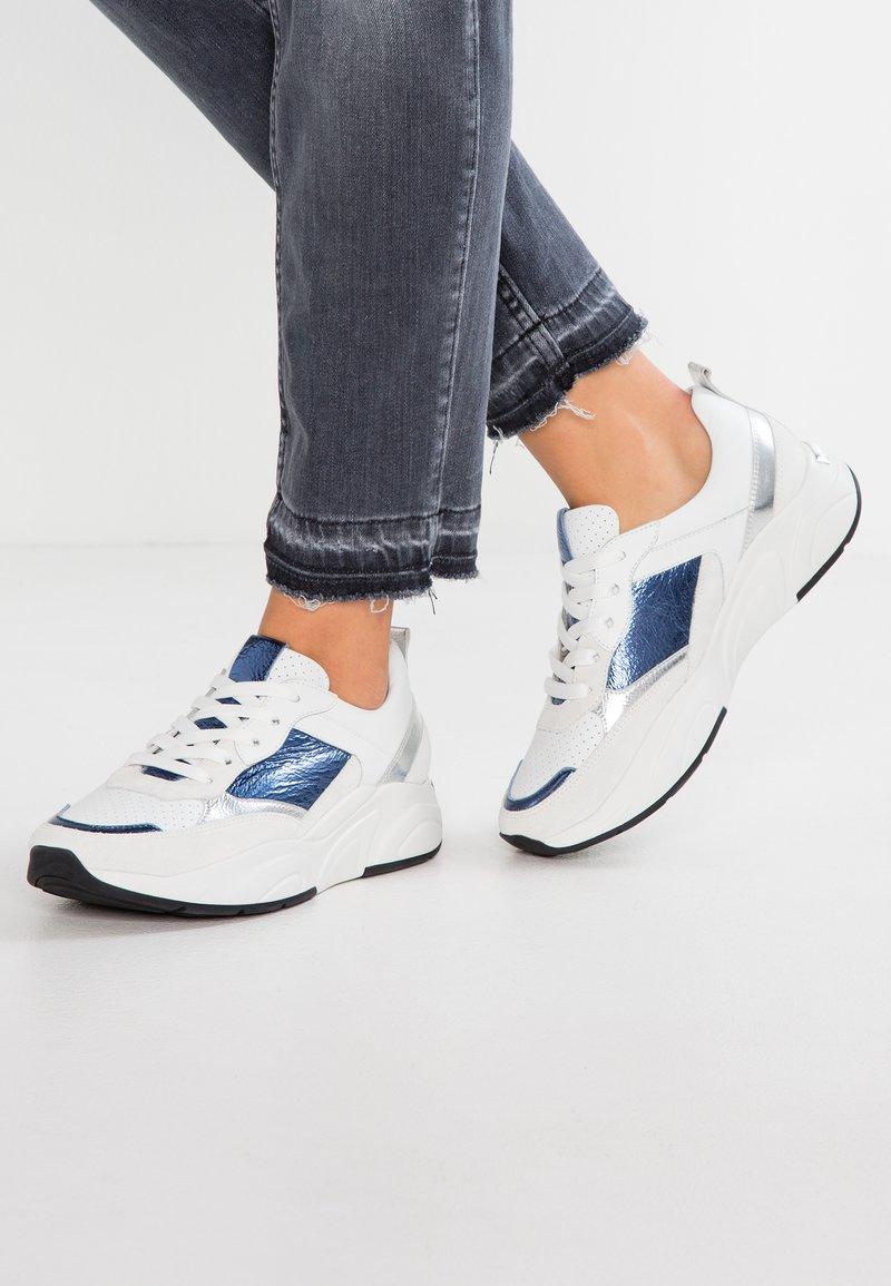 Kennel + Schmenger - ULTRA - Sneaker low - bianco/oceano/schwarz