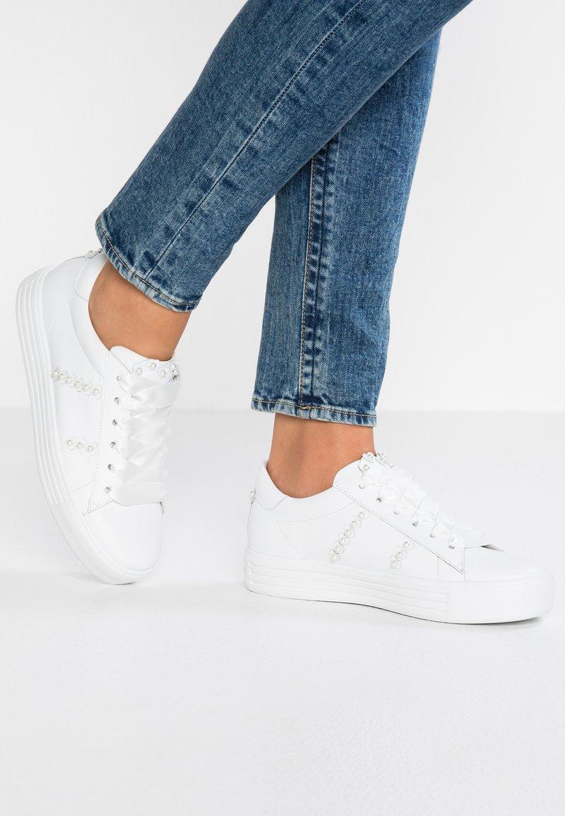 Kennel + Schmenger - UP - Sneaker low - bian/pearl