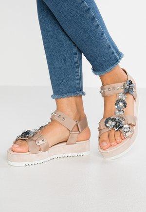 NEO - Korkeakorkoiset sandaalit - nudo/silver