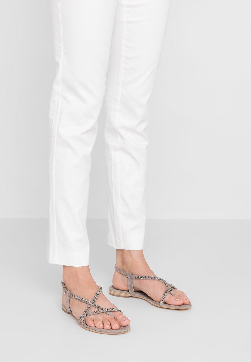 Kennel + Schmenger - ELLE - T-bar sandals - ombra