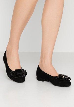 MALU - Klassischer  Ballerina - schwarz