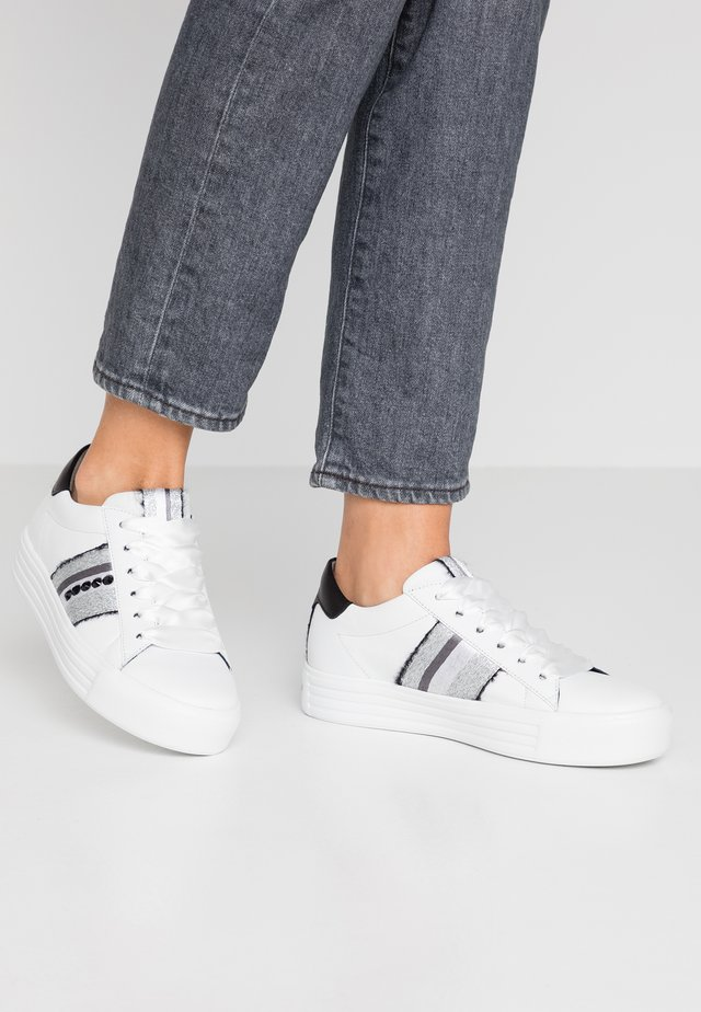 UP - Sneakers - bianco/silver