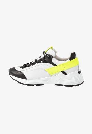 HIT - Sneaker low - schwarz/neongelb