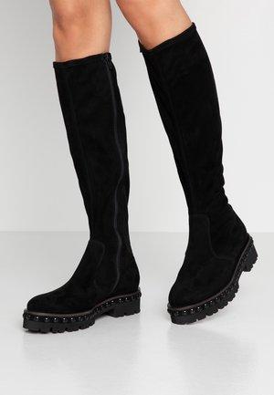 NIA - Platform boots - black