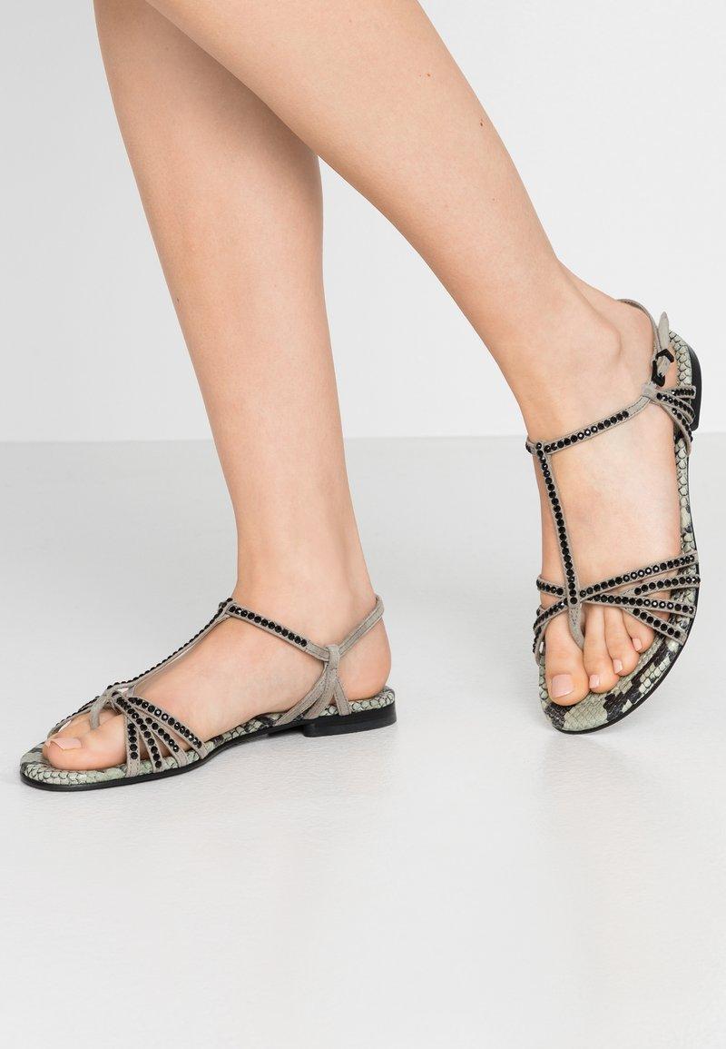 Kennel + Schmenger - ELLE  - T-bar sandals - shilf/black