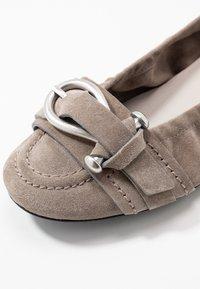 Kennel + Schmenger - MALU - Ballerina's - taupe/silver - 2