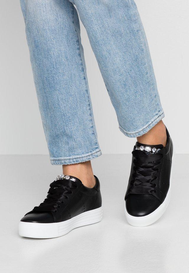 UP - Sneakers laag - schwarz