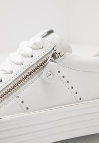 Kennel + Schmenger - UP - Trainers - bianco - 2