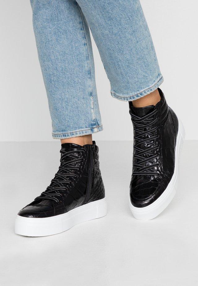 Höga sneakers - black/weiß