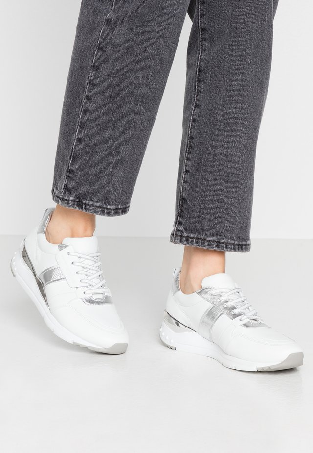 Sneakers laag - bianco/silver