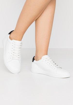 BASE - Sneakersy niskie - bianco/schwarz
