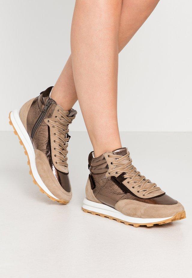 ICON - Höga sneakers - brass/leon/moc