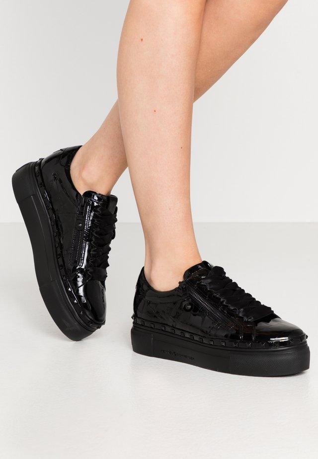 NANO - Sneakersy niskie - schwarz