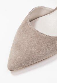 Kennel + Schmenger - SELMA - Classic heels - ombra - 2