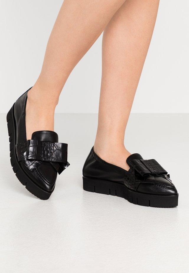 PIA  - Slipper - schwarz