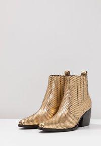 Kennel + Schmenger - LUNA - Boots à talons - gold/schwarz - 4