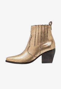 Kennel + Schmenger - LUNA - Boots à talons - gold/schwarz - 1