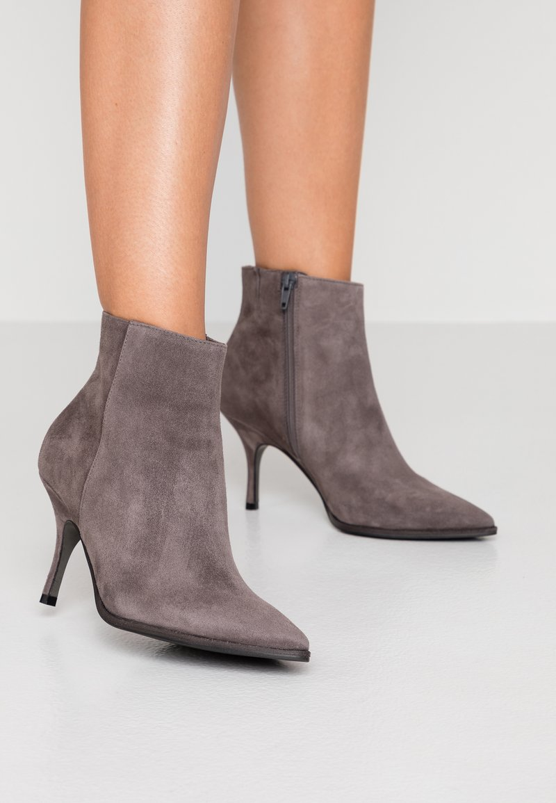 Kennel + Schmenger - CAMILLE - Ankle Boot - mouse